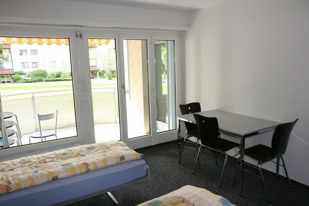 Unsere Unterkunft Das «Haus Des Handwerks» An Der Nidaustrasse 31 In  Aarberg Verfügt über 69 Betten Verteilt Auf 2  Bis 3 Bett Zimmer Auf  Mehreren ...